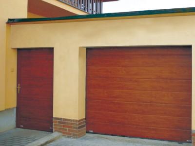 garážové dveře s nepřerušeným tepelným mostem 2